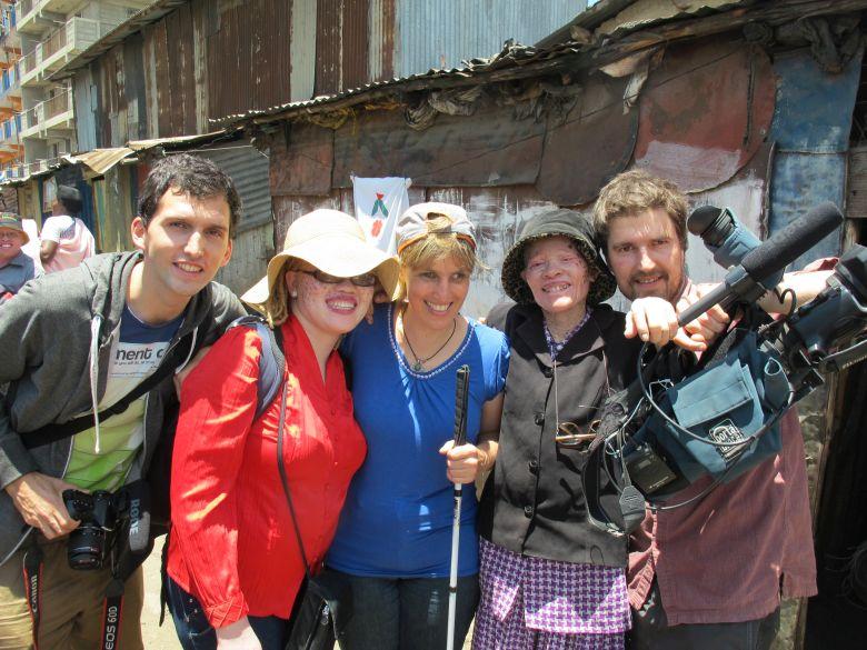 Tomet, Sabriye Jane und Mary während des Dreh's zu seinem Dokumentarfilm über kanthari