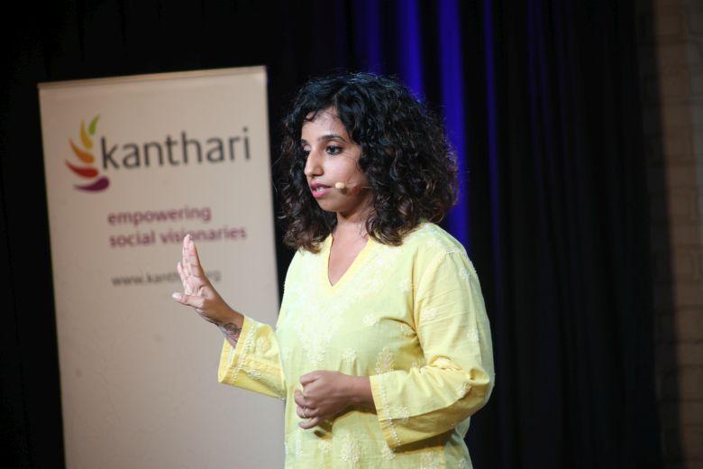 Meghana während den kanthari Talks 2019